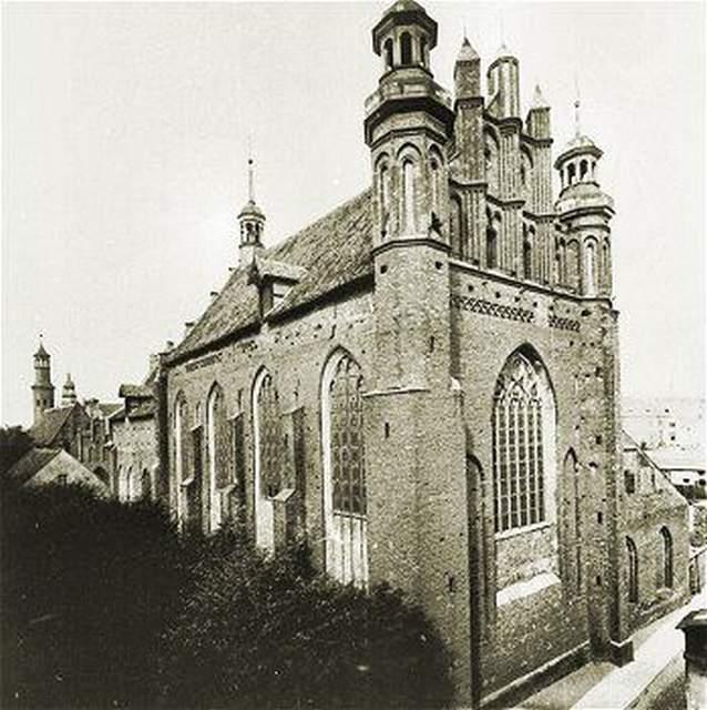 Archiwalne zdjęcie elewacji wschodniej kościoła św. Józefa
