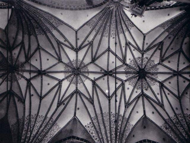 Archiwalne zdjęcie sklepienia kościoła św. Józefa